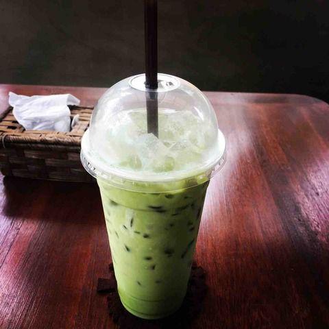 #アンコールワット日本語ガイドトム(526)シェムリアップ(アンコールワット)のボーカフェ[BOO CAFE]