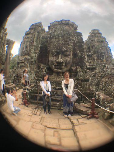アンコールワットの周辺とカンボジアガイドツアー