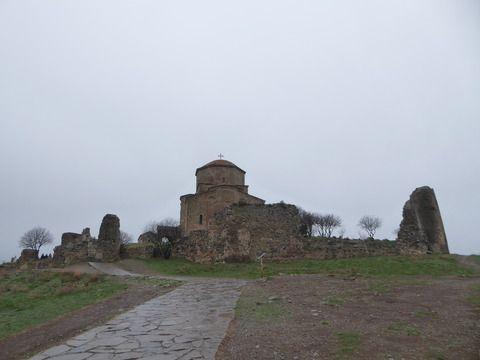 コーカサス旅行 その29 世界遺産ムツヘタの聖十字聖堂。