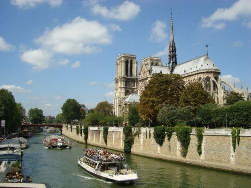フランスの世界遺産「パリのセーヌ河岸」は見どころ満載!!