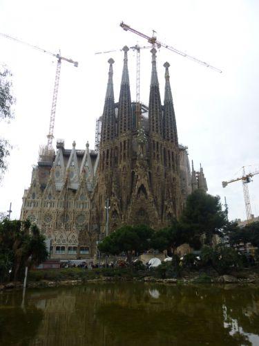 【冬のスペイン周遊ツアー14】建設中だから楽しい!サグラダ・ファミリア(聖家族教会) - おでかけ ももよろず