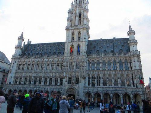 グラン・プラスの歴史・・・とは? ブリュッセル市庁舎 HOTEL DE VILLE  ベルギー【世界遺産】グラン・プラス GRAND PLACE