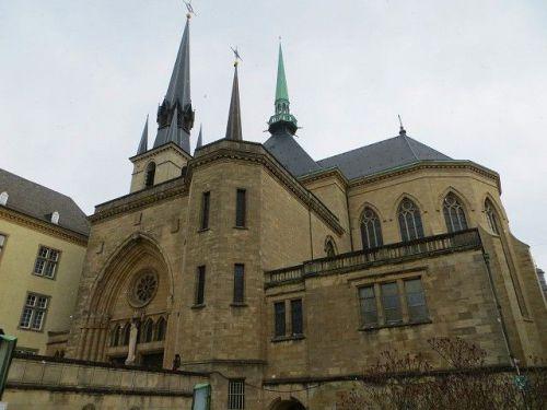 【世界遺産】ルクセンブルク旧市街その古い町並みと要塞群の遺構 ノートルダム大聖堂 Cathedrale Notre-Dame