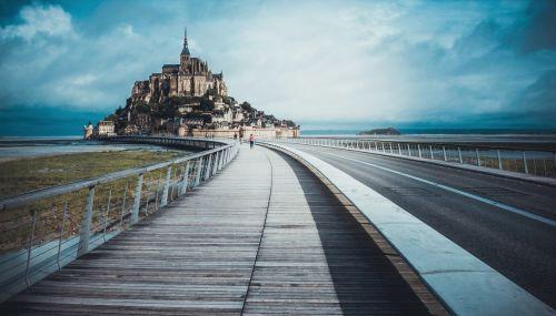 【世界遺産】フランスの代表的な観光地「モン・サン・ミシェルとその湾」の観光の見どころ - 気ままな雑多日記