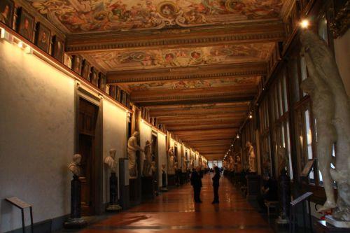 イタリアひとり旅㊾【後半:トスカーナ編】パスポートを忘れても楽しいフィレンツェのウフィツィ美術館 - 晴れ女のわがままジャーニー(人生も旅も)